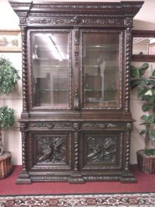 Antique Oak Hunt Cabinet