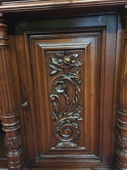 ... French Renaissance Carved Cabinet ...