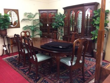 pennsylvania house cherry dining room furniture | What Happened to Pennsylvania House Furniture? (We have ...