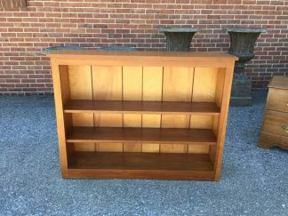 maple pine bookshelf