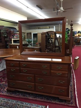 taylor jamestown dresser