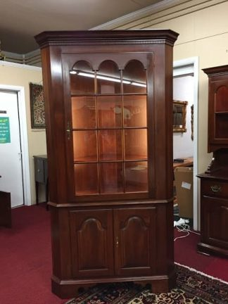 colonial furniture corner cabinet