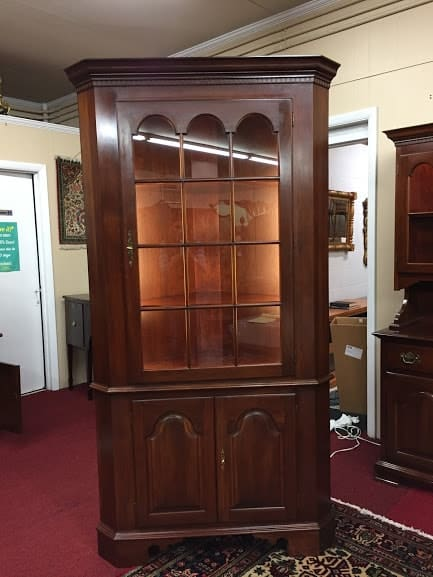 Genial Colonial Furniture Corner Cabinet. Touch To Zoom
