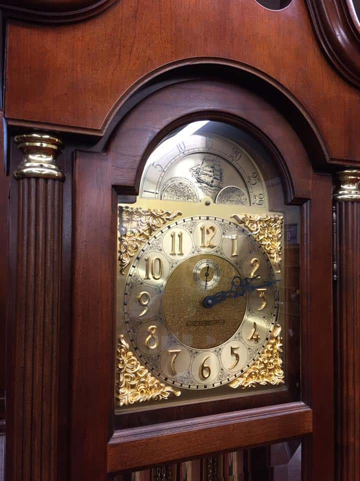 Howard Miller Grandfather Clock  U22c6 Bohemian U0026 39 S