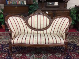 victorian cameo back sofa