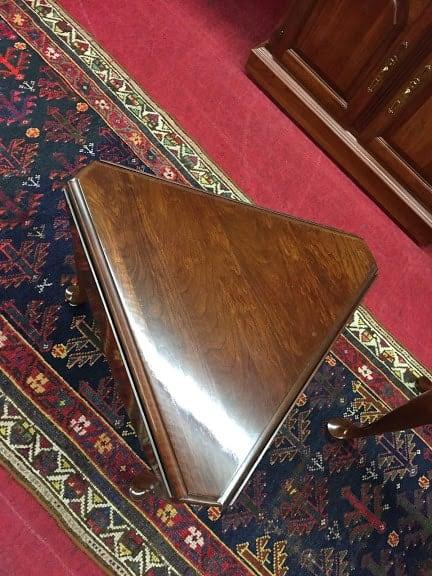 Pennsylvania House Triangle Drop Leaf Table ⋆ Bohemian S
