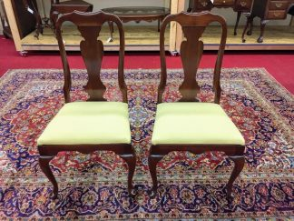 colonial furniture cherry dining chairs