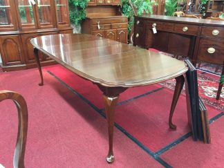 Pennsylvania House Dining Table with Two Boards