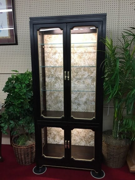 Oriental Style Lighted Curio Cabinet ⋆ Bohemian S