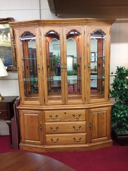 Pennsylvania House Oak Lighted China Cabinet ⋆ Bohemian's
