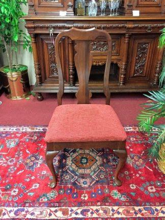 Cherry Queen Anne Single Chair