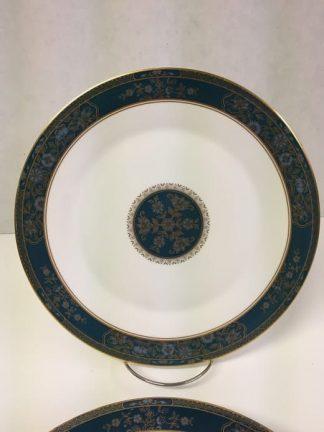 "Royal Doulton ""Carlyle"" Dinner Plate Set"