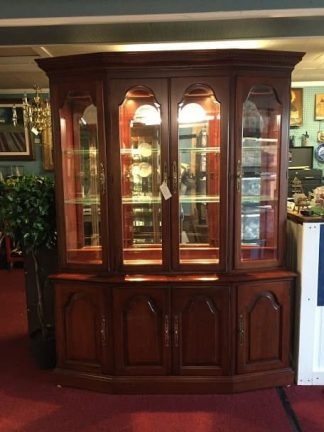 Pennsylvania House Mirror Back China Cabinet