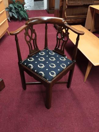 Mahogany Chippendale Corner Chair
