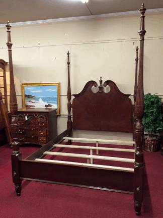 American Drew Queen Size Bed