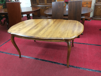 Ethan Allen French Country Table