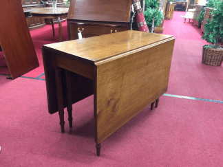 Antique Gateleg Drop Leaf Table
