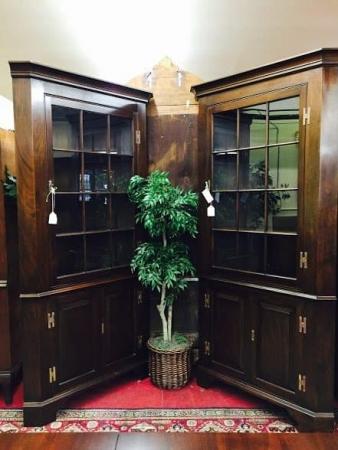 henkel harris corner cabinets