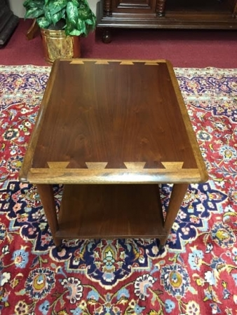 Lane Mid Century End Table