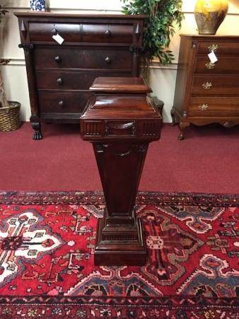 Vintage Mahogany Pedestal