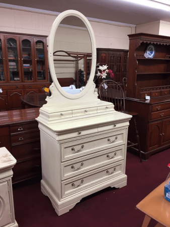 Lexington White Oak Dresser with Mirror