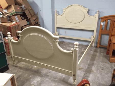 Lexington White Oak Bed (Queen or Full)