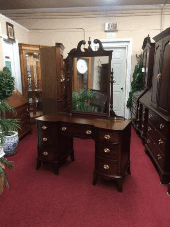 Vintage Hickory Mahogany Vanity