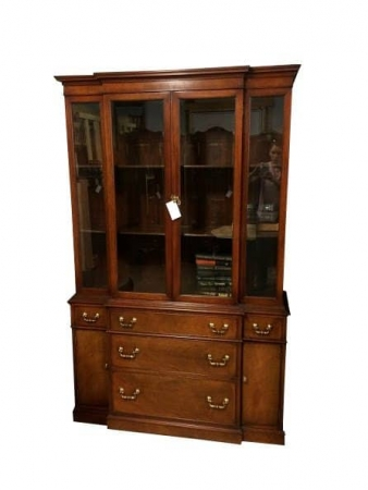 Mahogany Vintage China Cabinet